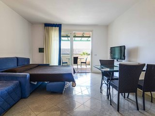 Cozy apartment close to the center of Forte dei Marmi with Parking, Internet, Wa