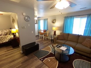 ⭐Modern Private 1BR Apartment Near SIUE/St. Louis