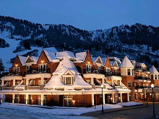 HYATT GRAND ASPEN - deep DISCOUNT 2-becroom