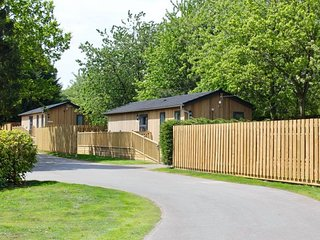WINCEBY, pet-friendly, hot tub in Woodhall Spa