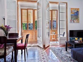Spacious nice apartment in Barcelona center⭐