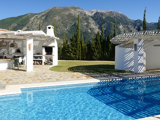 4 bedroom Villa in El Cerro de Andévalo, Andalusia, Spain - 5719852
