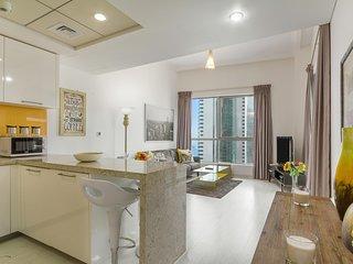 Maison Privee - Stunning Apartment w/ Dubai Marina View