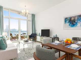 Maison Privee - Luxury Apt w/ Private Beach Access & Sea Views from Every Room