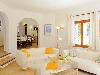 Cala Egos Villa Sleeps 8 with Air Con and WiFi - 5000745