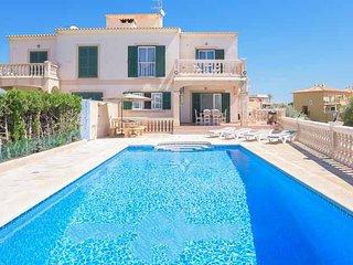 4 bedroom Villa in Portocolom, Balearic Islands, Spain - 5000867