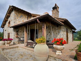 3 bedroom Villa in Poggioferro, Tuscany, Italy : ref 5719151