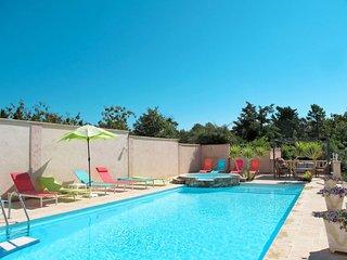 1 bedroom Apartment in Bagnols-en-Forêt, France - 5653098