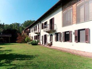 4 bedroom Villa in Valmezzana, Piedmont, Italy : ref 5720344