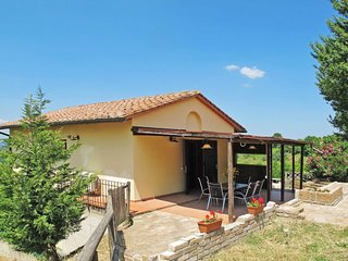 2 bedroom Apartment in Poppiano, Tuscany, Italy : ref 5719307