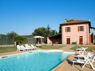 4 bedroom Apartment in Borgo San Lorenzo, Tuscany, Italy - 5719107