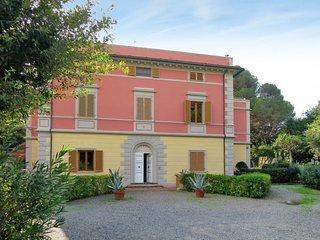 2 bedroom Apartment in Rosignano Solvay-Castiglioncello, Tuscany, Italy : ref 57