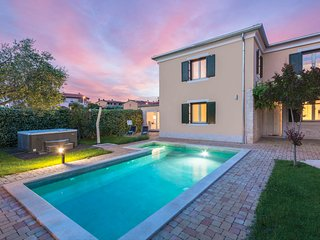 3 bedroom Villa in Karpinjan, Istria, Croatia : ref 5719860