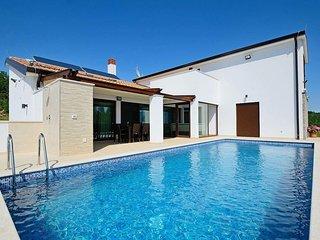 3 bedroom Villa in Katun Gračanski, Istria, Croatia : ref 5719939