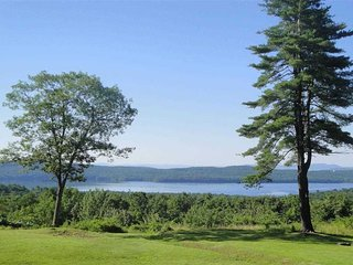 Tranquil Retreat Stunning Views+Hot Tub, Woodstock Area-Glenford House