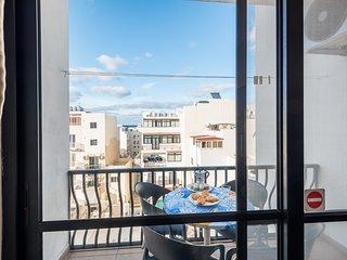Summer Breeze Superior Apartment 2