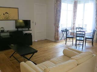60 SQM 1BR ON RUE ST DOMINIQUE~7TH EME