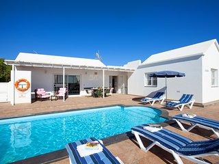 3 bedroom Villa in Puerto del Carmen, Canary Islands, Spain - 5737664