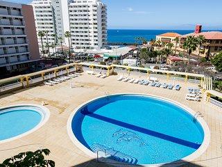 Copacabana, sea view apatment + free WiFi