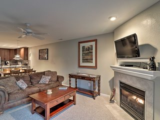 Condo w/Screened Porch on Lake of the Ozarks!