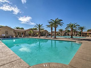 Elegant Palms Townhome w/Patio & Resort Amenities!