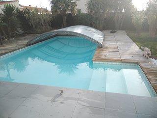 superbe villa avec piscine 900 m de la mer