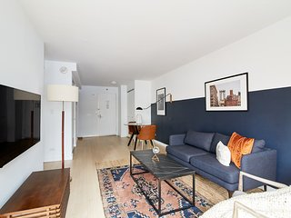 Sonder | The Nash | Creative 1BR + Gym