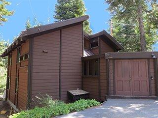 Club Tahoe House 490