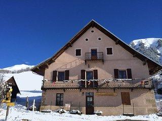 Location appartement 4    personnes Station Ski Les Sybelles St jean d'arves