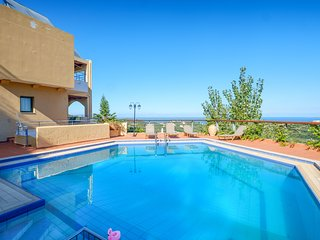 Villa 'Thomas' - Private Pool & fantastic Views
