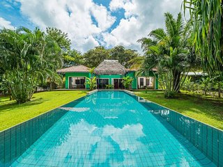 Casa Verde with a Large Pool and Tropical Garden