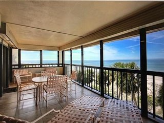 3 BR/ 3 Ba Executive Level Condo - DIRECT Beachfront Available  for FEBRUARY!