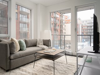 Airy 1BR in Griffintown Floor #3 by Sonder