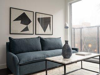 Modern 2BR in Griffintown Floor #4 by Sonder