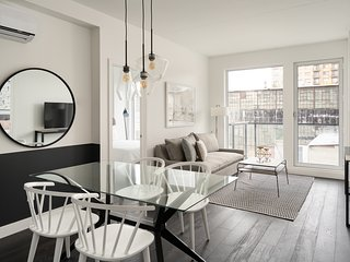 Beautiful 2BR in Griffintown Floor #3 by Sonder