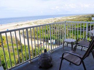 435 Beach House- ocean front pool