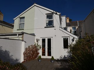 66025 House situated in Westward Ho! (2mls SE)