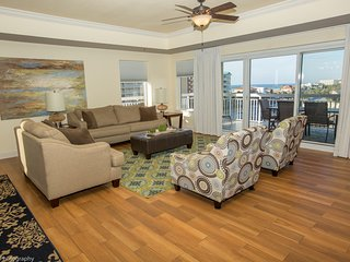 Harbor Landing 301B Destin