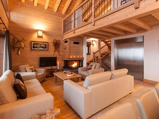 Chalet Latour - Self-Catering - Sleeps 8+