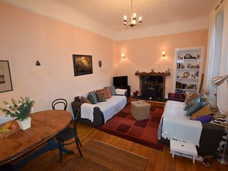 Cosy Village Cottage Flat