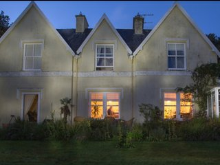 Hunting & Fishing Lodge ,Caragh Lake ,Co Kerry. Sleeps 12 at  €27 / person / nt.