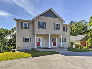 South Kingstown Home - Located on URI Campus!