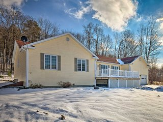 NEW! Family Home w/Game Room - 3 Mi to Jiminy Peak