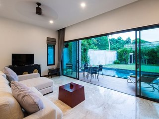 Acasia Pool Villas Resort Phuket (Unit 8)
