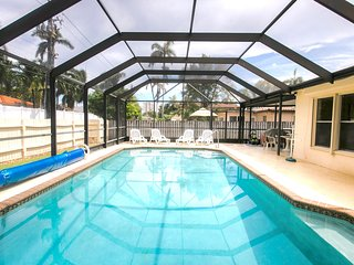 Best Location 5BR Home Heated Pool Min From Beach