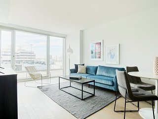 Airy 1BR in Hell's Kitchen by Sonder