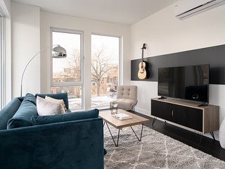 Romantic 1BR in Griffintown Floor #4 by Sonder