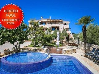 1 bedroom Apartment in Hrahoric, Croatia - 5717956