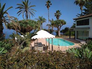 Spacious villa in the center of La Matanza de Acentejo with Parking, Internet, W