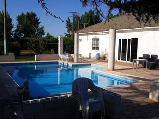 Spacious apartment in Palencia with Parking, Internet, Pool, Terrace